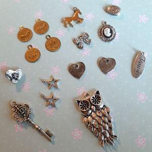 16 charms/pendants